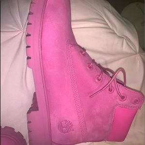 Timberland (women's) Hot Pink Boots size 6.5
